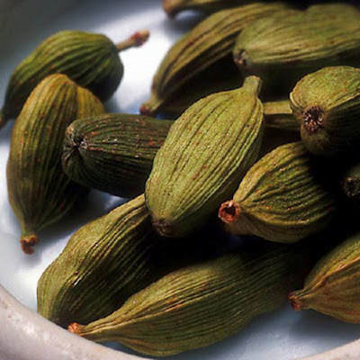Images of Green Cardamom