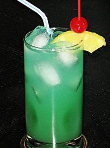 Tequila and Blue Curaçao-Liqueur Drink